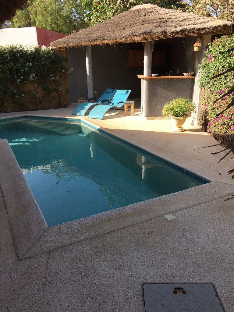 piscine-villa.jpg